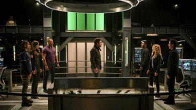 "Photo of Arrow ""Present Tense"" Review"