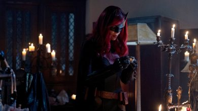 """Photo of Batwoman """"Drink Me"""" Review"""