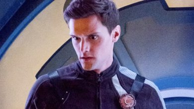 Photo of Hartley Sawyer FIRED From The Flash